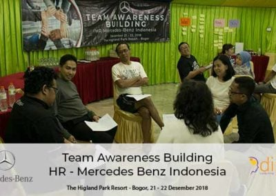 Team Awareness Mersedes Benz_10