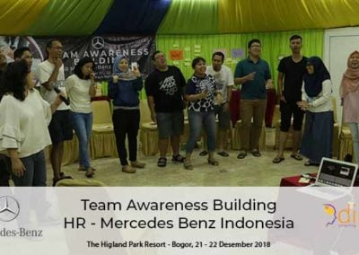 Team Awareness Mersedes Benz_11